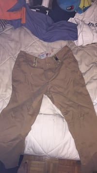 Brown cargo pants size 6 London, N5V 1H9