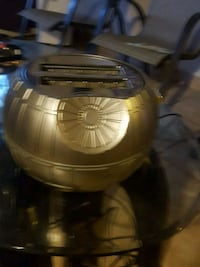 round  collectable  star wars toaster 508 km