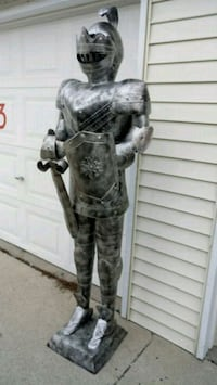 Knight, 7ft tall Perry, 50220