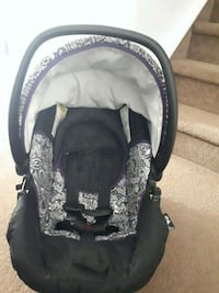 baby's black and gray car seat carrier Calgary, T3J
