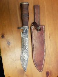 Damascus recurved Bowie with leather sheath  Vancouver, V5S 3V5