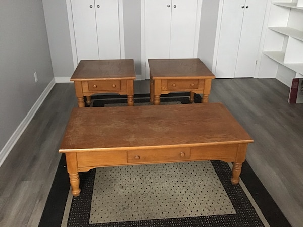 Coffee table and end tables NEW PRICE f3449579-03c1-4640-867d-8873ea63a53a