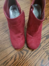 Size 6 red bootie  Chattanooga, 37421