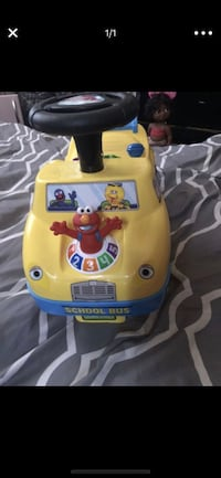 Elmo music car. Brand new my daughter just opened it but never played with it she's to small. Asking $20 2271 mi