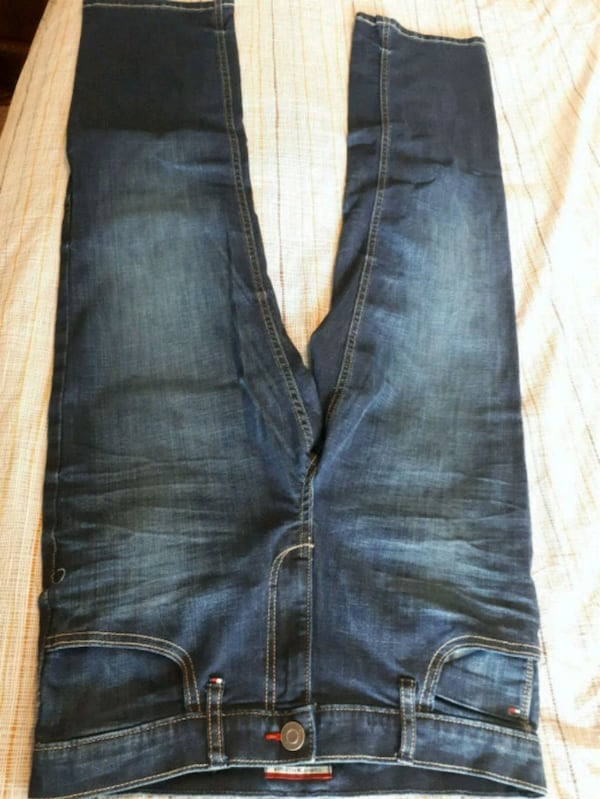 New jeans and sports pants 1dd4c831-3124-4c1f-8292-8ce997393f41