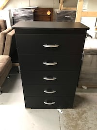 Brand new 5 drawer chest on sale  多伦多, M1W 1L2