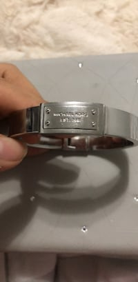 Michael kors bracelet not negotiable Toronto, M1T 2B6