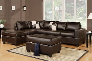 New Reversible Sectional. Espresso Leather. Delivery/Assembly included