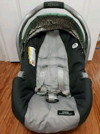 baby's black and gray car seat carrier Toronto, M1J 2T2