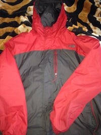 The north face xxl jacket  257 mi