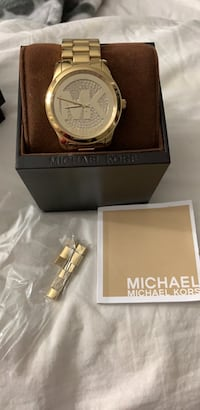 Gold Michael Kors watch with bedazzled MK face Windsor, 95492