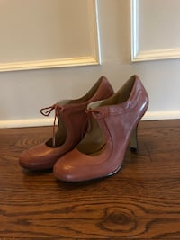 Ladies Brown High Heel shoes Toronto, M5N 1L5