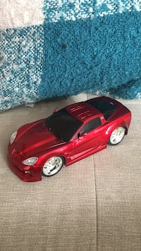 red coupe die-cast model Aldie, 20105