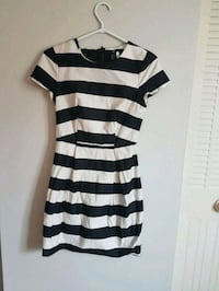 black and white stripe scoop-neck dress Edmonton, T5L