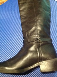 Soft leather buckle boots