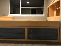 Bookcase Bed with Storage MAPLEVALLEY