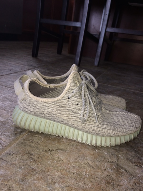 52e5d308dc457 Used yeezy size 8.5 for sale in Markham - letgo