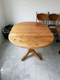 Oak table and chairs for sale. Rodenbach, 67688