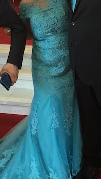 Terquize dress size 10-12 worn one time mermaid dress with long tail price not negotiable regular price 750  Markham, L6B 1G2