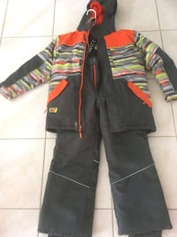 Snow Suit Boys Medium  535 km