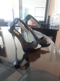 pair of black leather peep-toe heeled shoes Abbotsford
