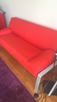 Red orange couch like new the book in photo is red Chicago, 60611