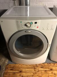 Electric Dryer. Works very well. Exeter, 02822