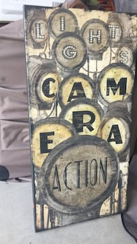 """Light up """"lights camera action"""" wall decoration Frederick"""