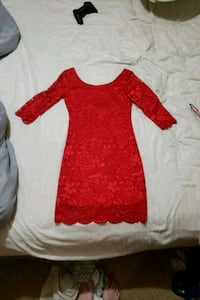 Red lace dress  Welland, L3C 6B3