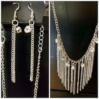 Bnwt necklace and earing set  Abbotsford, V3G 1W4