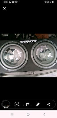 Subwoofer 2 speakers with the box