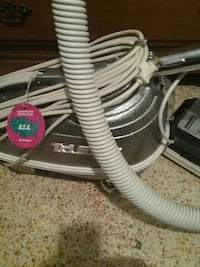 gray clothes steamer Tampa, 33613
