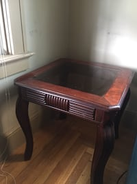 Nice Solid Wood End Table/Glass Center