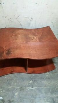 brown wooden oval coffee table Longueuil, J4K 2Y7