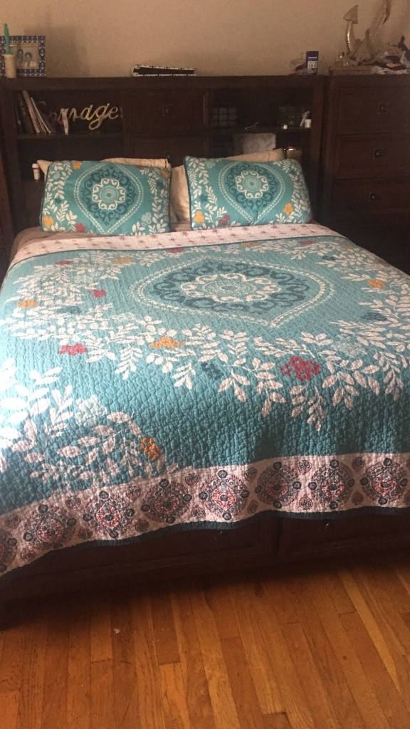 used white blue and red floral bed sheet set for sale in sleepy rh gb letgo com