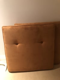 Tufted headboard twin or King size Toronto, M5R 1J2