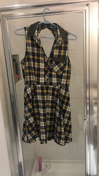 50's inspired plaid dress with funky open back. Size 10