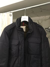 Black zip-up bubble jacket Toronto, M2M 2J9