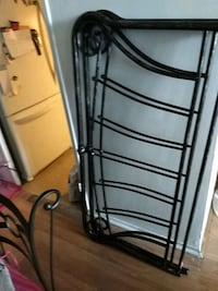 black metal bed frame with mattress Montreal, H1G 6E3