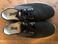 pair of black-and-white Nike sneakers 534 km