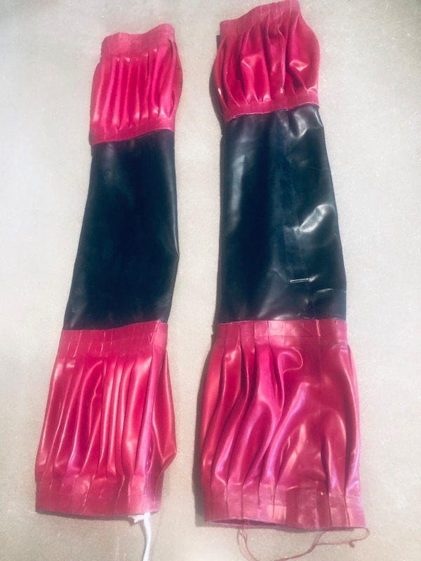 Unique one of a kind Latex Fetish Gauntlets/ Sleeves/ fingerless Gloves b44284b8-d6a0-4bf8-8415-ad0b32436012