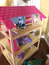 Doll house on wheels  in excellent condition Mission, V2V 7P9
