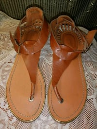 pair of brown leather thong sandals Riverview, 33578