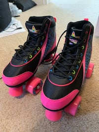 Kids roller skates - Kandy Skates size 5.  New condition!