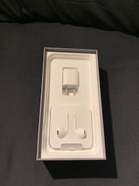 White apple earpods with case 3731 km