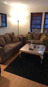 Couch/love seat combo.  Good condition.  Price negotiable.  Must go by Sep-30 Tuckahoe, 10709