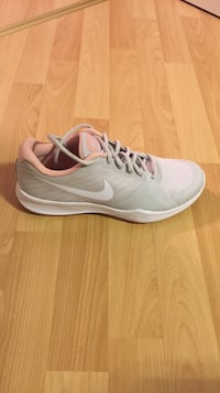 Nike city trainers