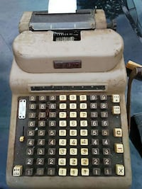 vintage white and black counting machine Jackson, 30233