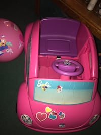 Pink and purple ride on toy car Woodbridge, 22193