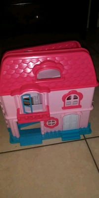 pink and blue plastic house toy Tampa, 33634